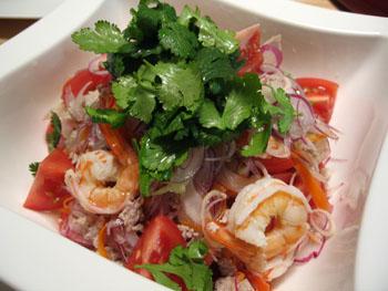 0131 salada thai.jpg