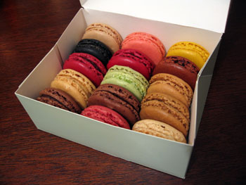 1212 macarons.jpg
